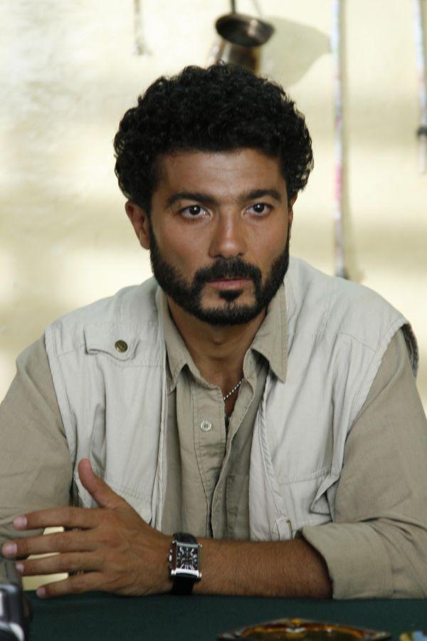 خالد النبوي  (2)