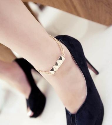 زيّني-قدميك-بأجمل-الخلاخيل-الذهبية-الناعمة-في-العيد-1273608