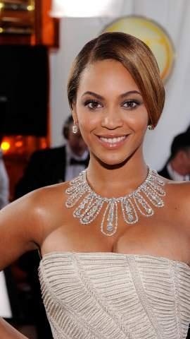 Beyonce - Lorraine Schwartz Necklace