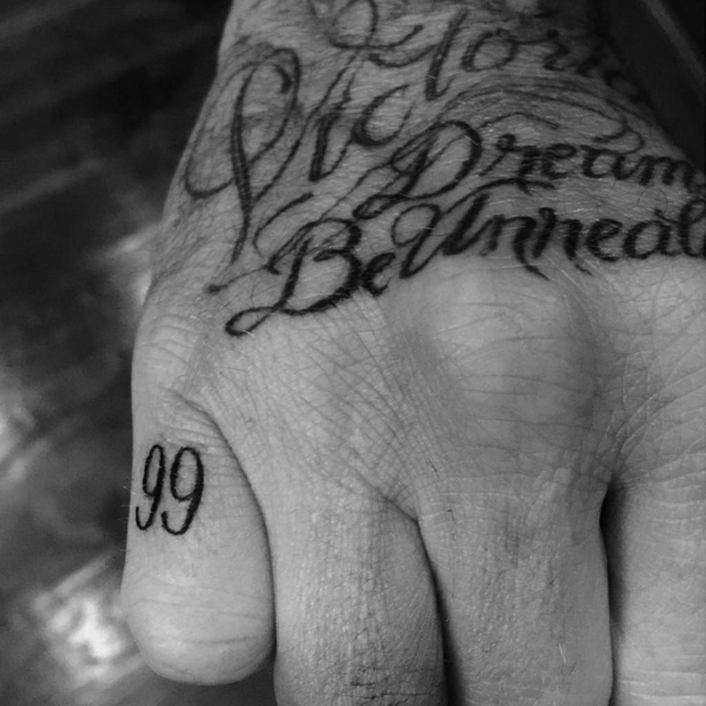 David-Beckham-Tattoo_Glamour_23July15_Instagramdavidbeckham_b_1440x1440