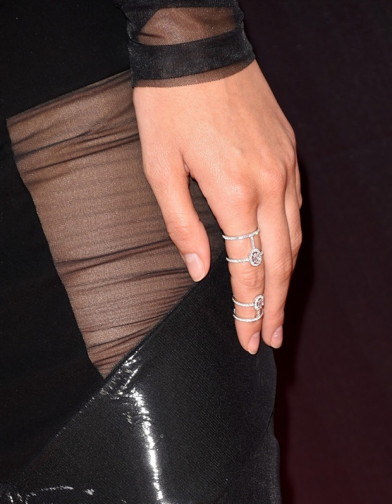 Kendall-Jenner-2015-ESPY-Awards-Alexandre-Vauthier-a-1024x1317
