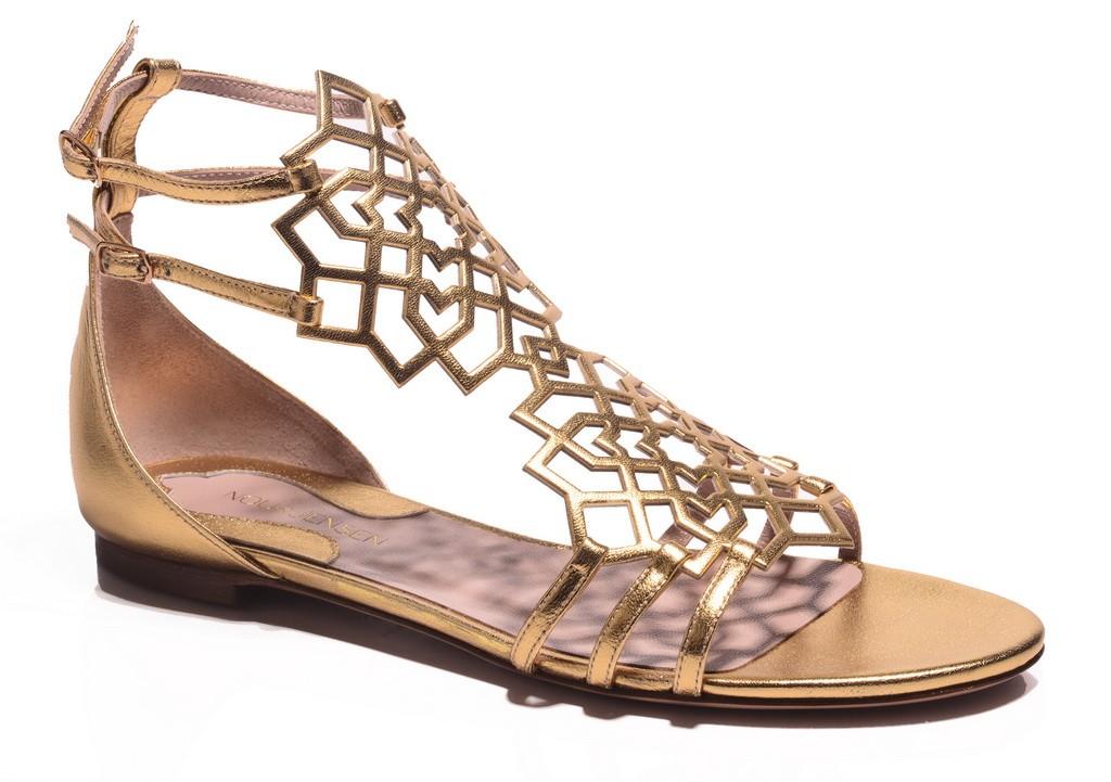 Nour Jensen نور جنسن لدى ليفل ملتقى الأحذية  Level Shoe District (4)