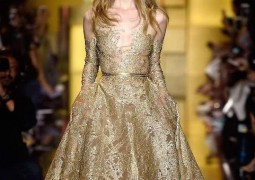 elie-saab-boca-do-lobo7