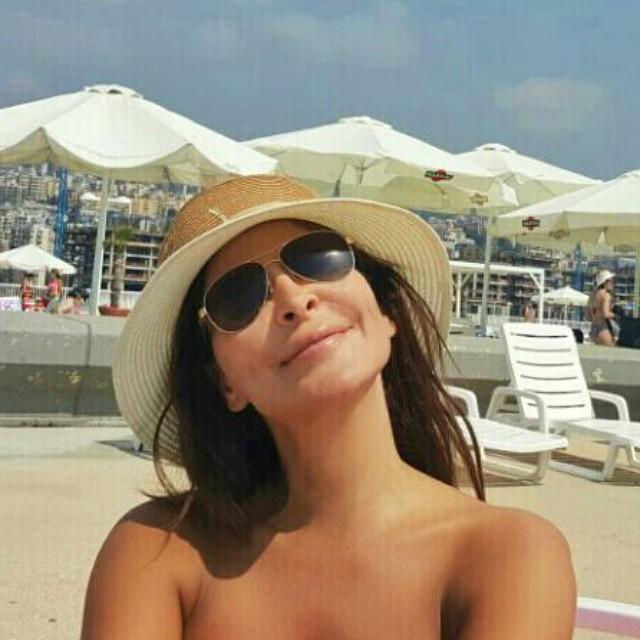 elissa-beach