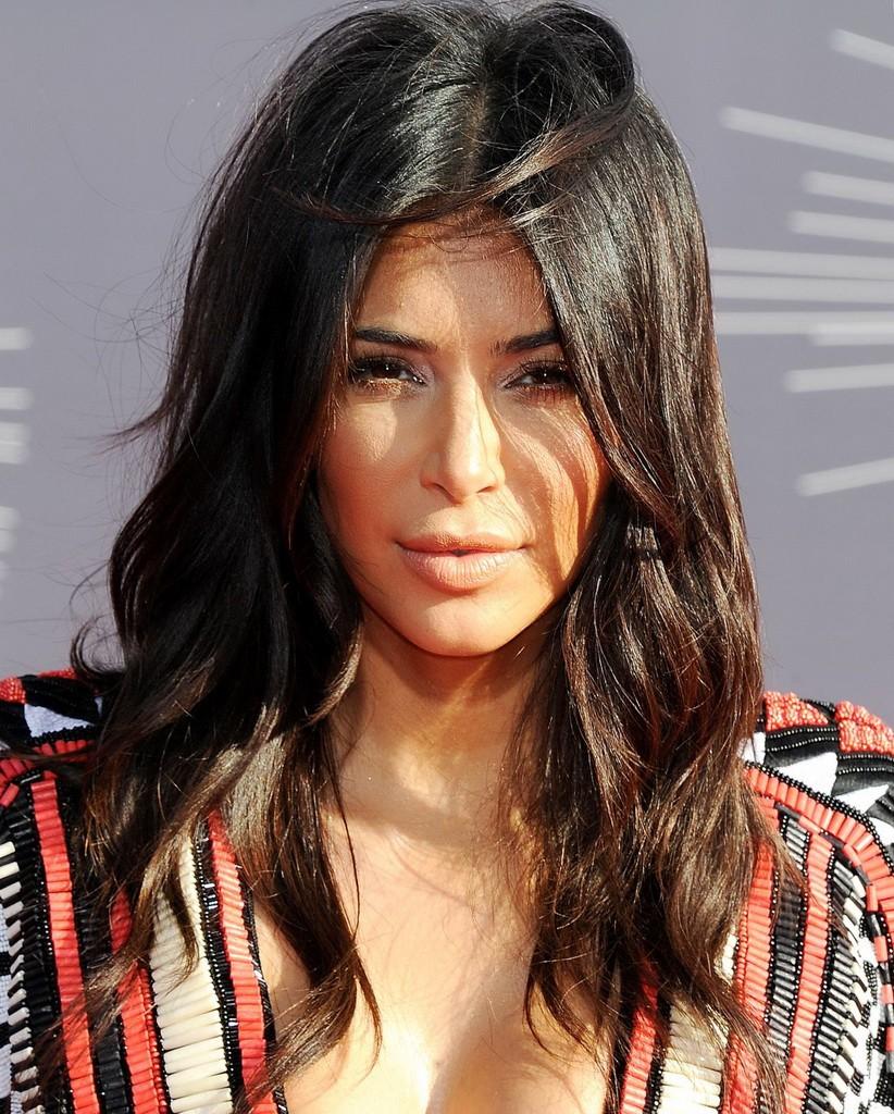 kim-kardashian-2014-mtv-video-music-awards-in-inglewood_1
