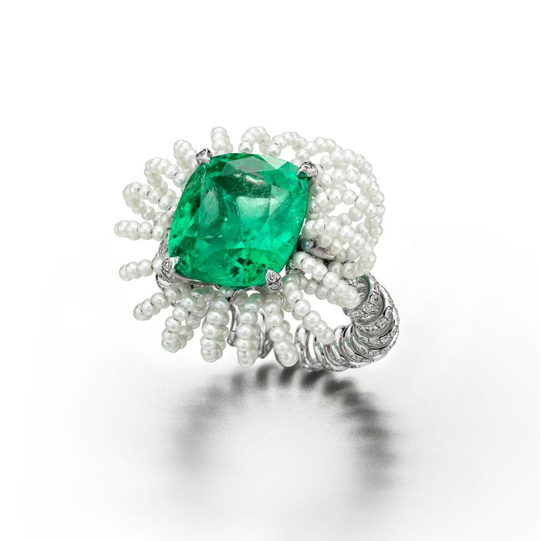 suzanne_syz_picture_perfect_ring_in_white_gold_and_titanium_set_with_colombian_emerald_diamonds_pearls.