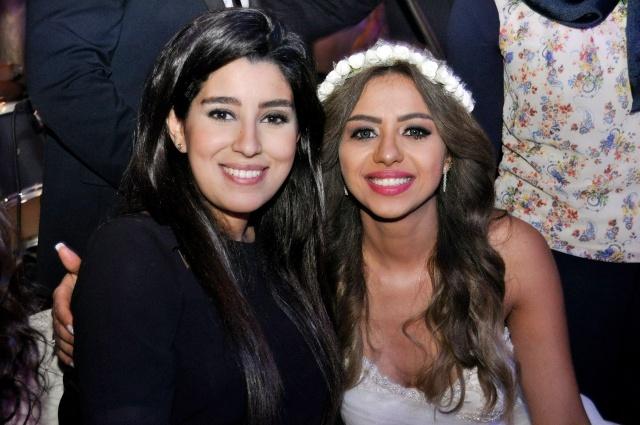 العروس هبة أبو سريع وأيتن عامر