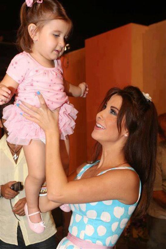 النسخة السودانية من بنات نانسي عجرم (3)