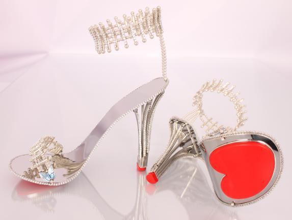 حذاء بيونسيه الماسي (3)