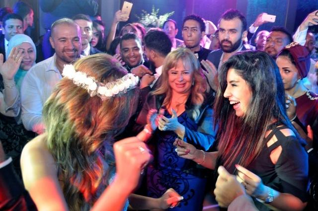 رقصة أيتن والعروس