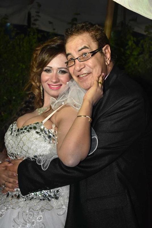 سعيد-طرابيك وزوجته سارة طارق