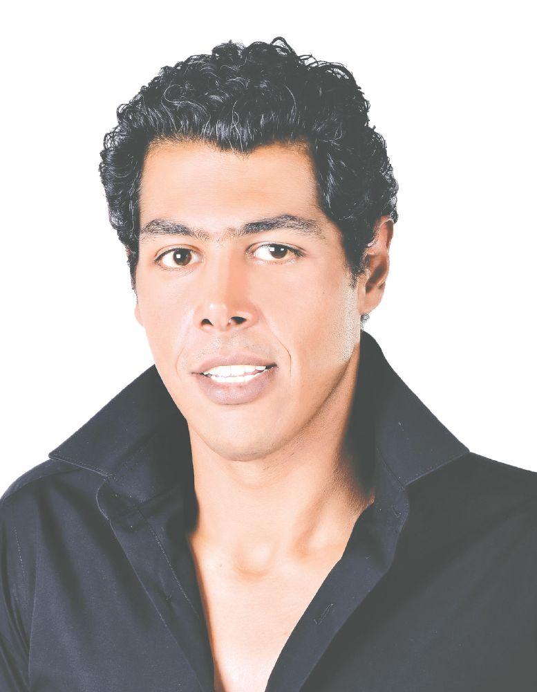 عمر متولي (2)