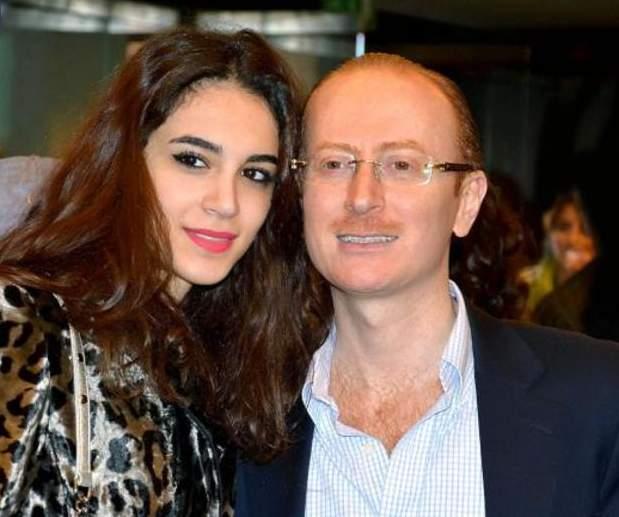 مصطفى الخاني برفقة زوجته