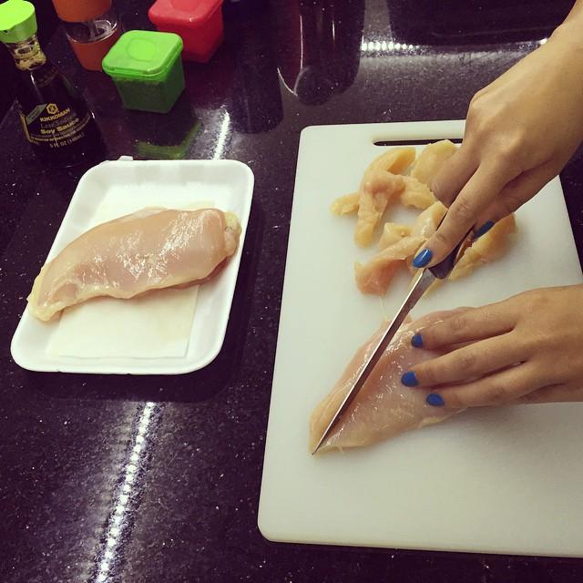 ميريام فارس تطبخ