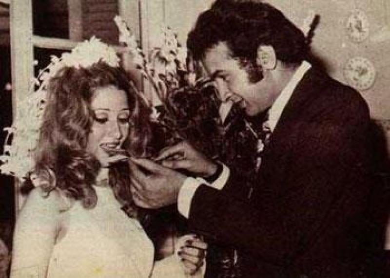 نور الشريف وبوسي في زفافهم