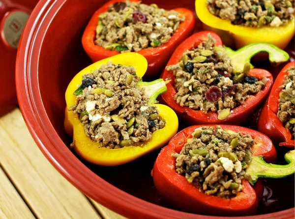 11544-red-peppers-stuffed-with-walnuts