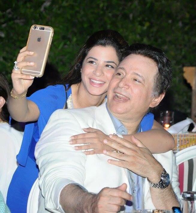 إيمان البحر درويش  وسيلفي مع ابنته