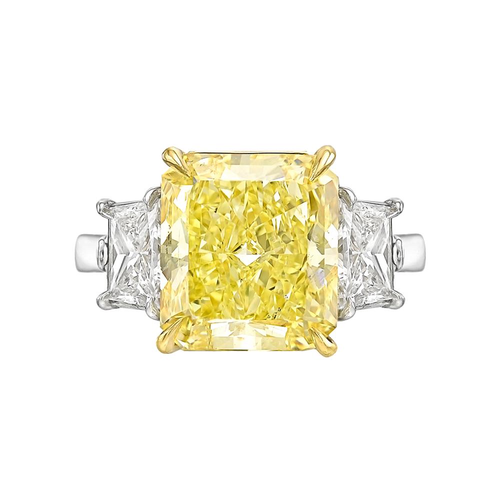 9.18-carat-fancy-intense-yellow-diamond-ring[2]