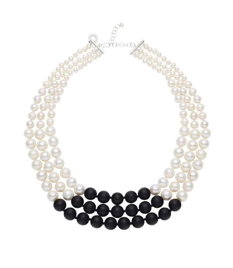 Australian%20Pearls_Jan%20Logan_necklace.jpg--760x0-q80-crop-scale-media-1x-subsampling-2-upscale-false[1]