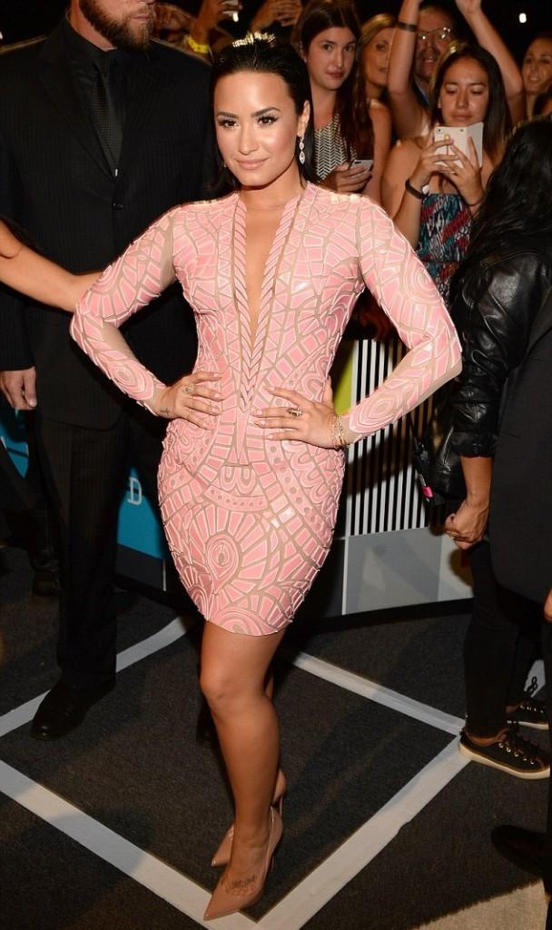 Demi Lovato in Nicolas Jebran