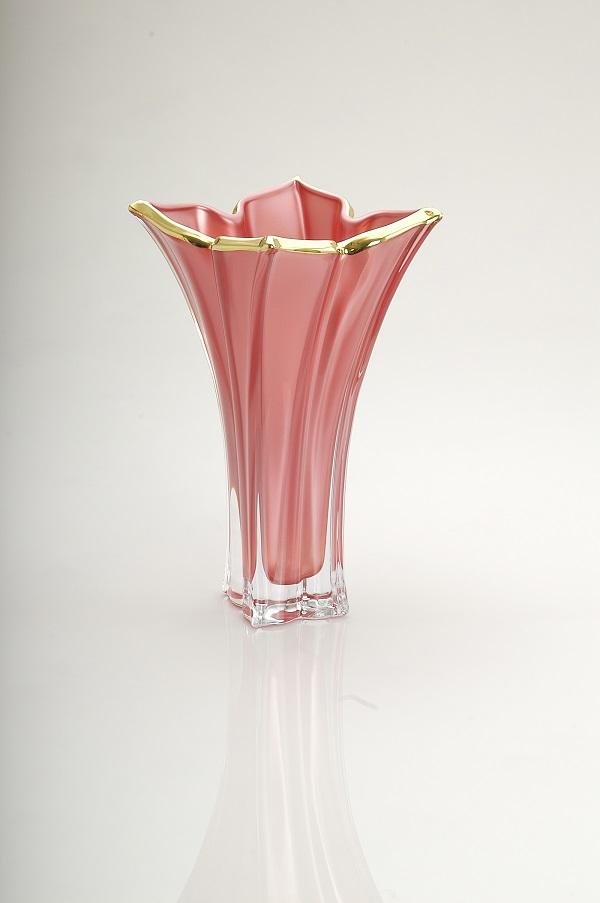 Florale Vase (Price 210 AED)