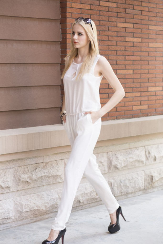New-Fashion-Chiffon-Jumpsuit-for-Women-White-Black-Sleeveless-O-Neck-Jumpsuits-Seethrough-Soft-Romper-Long