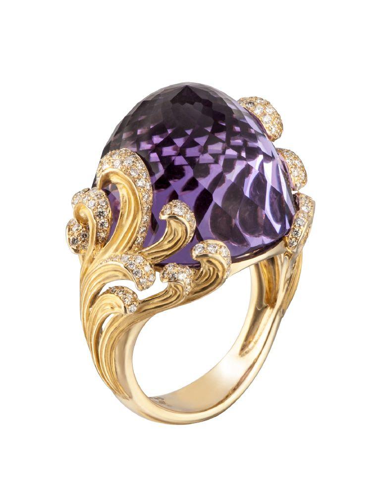 resized_DA14053 011018 Carrera y Carrera Origen ring in yelllow gold, amethyst with diamonds