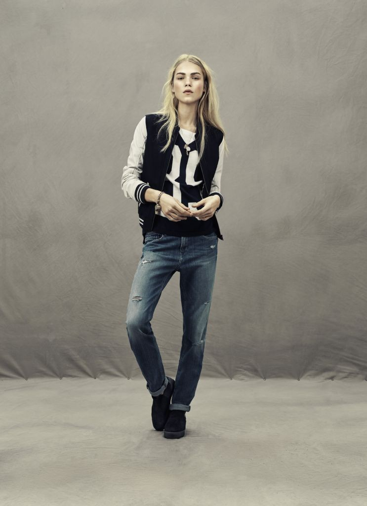 resized_Look 04