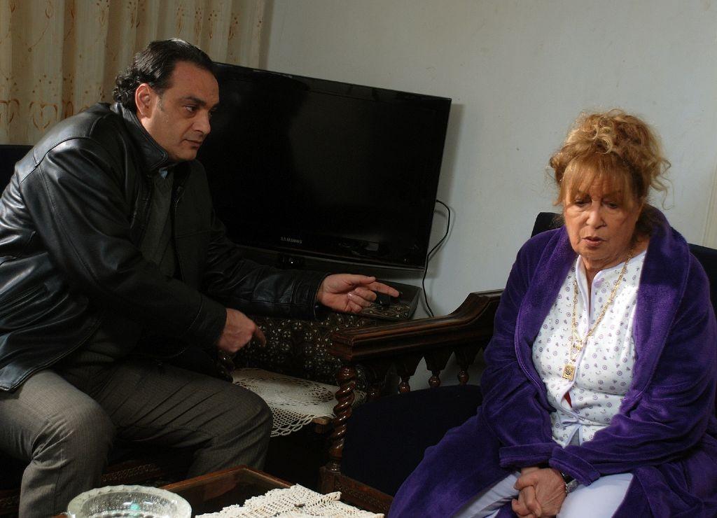 resized_MBC DRAMA- Syrian Drama- Qalam Homra 03 Jalal Shamoot and Mona Wassef