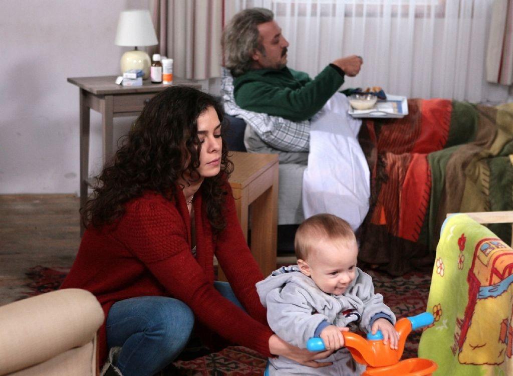 resized_MBC DRAMA- Turkish Drama- Al Wichah  Al Ahmar 03