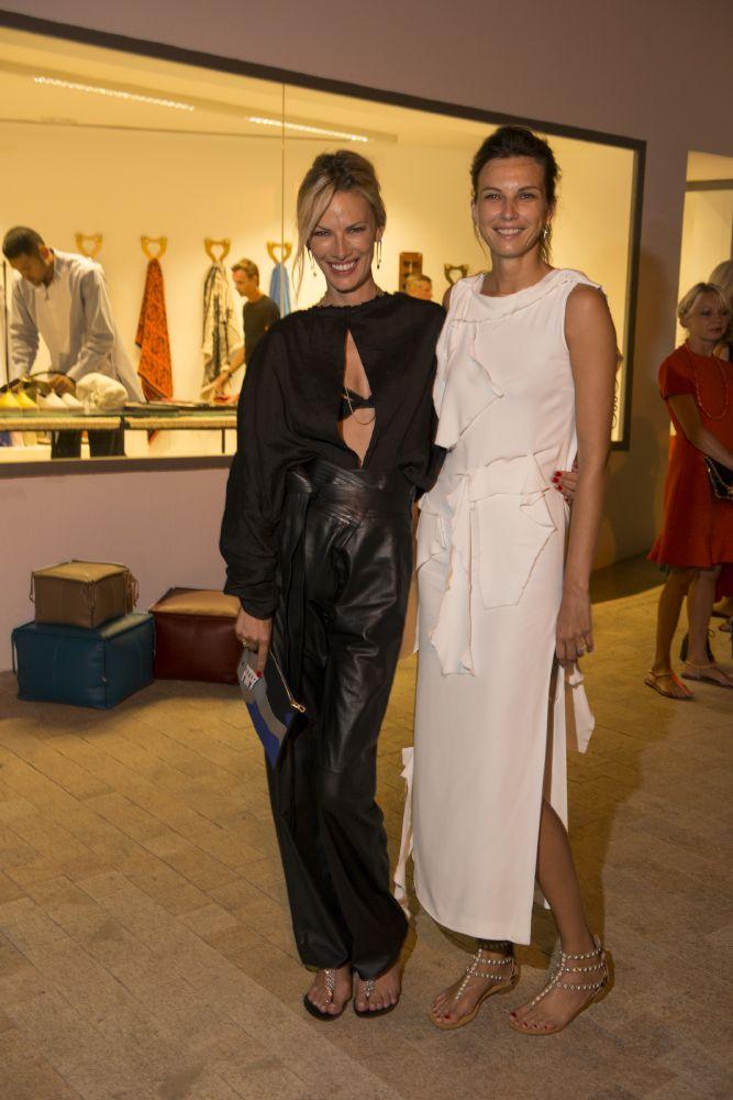 resized_Models_ Lavinia Birladeanu & Irina Marie