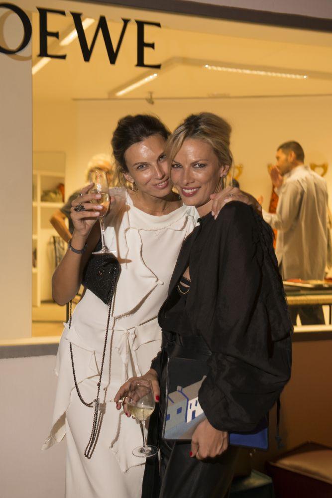 resized_Models_Irina Marie&Lavinia Birladeanu