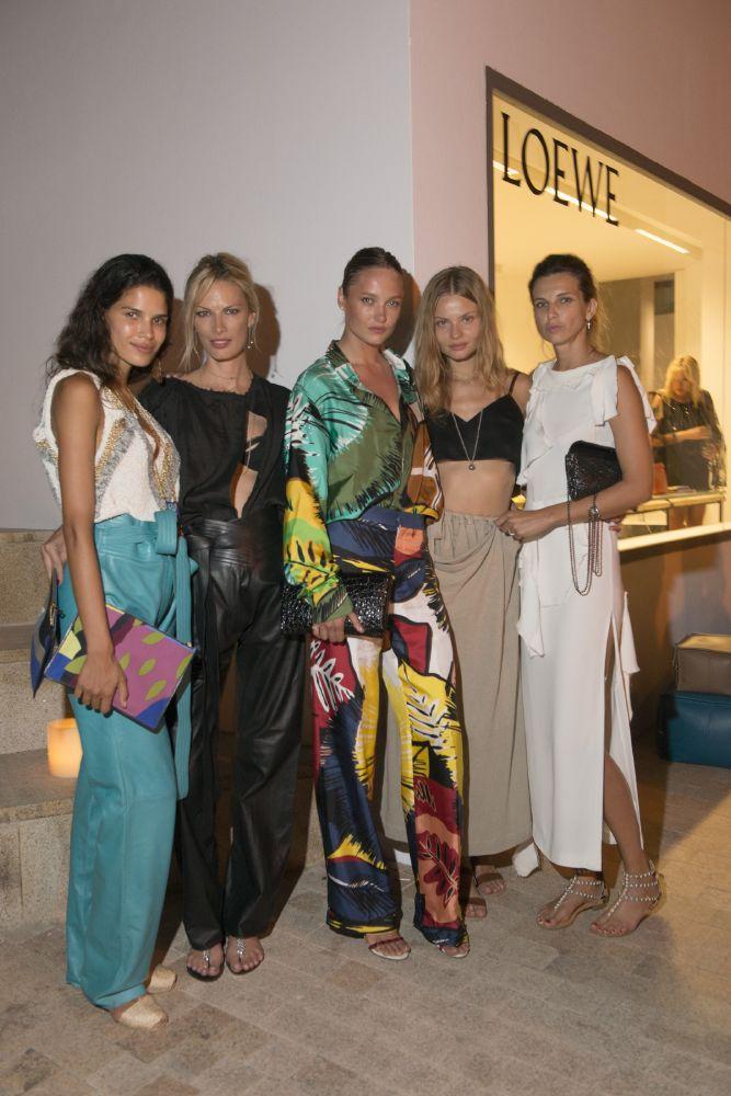 resized_Models_Raica Oliveira&Lavinia Birladeanu&Karmen Pedaru&Magdalena Frackowiack&Irina Marie