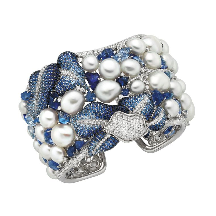 white_pearls_autore_vanda_cuff_with_diamonds_and_sapphires.jpg--760x0-q80-crop-scale-media-1x-subsampling-2-upscale-false[1]