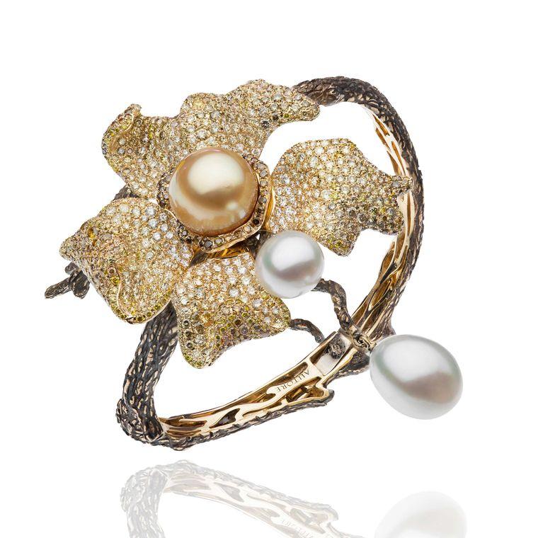 winner-best-in-pearls-autore.jpg--760x0-q80-crop-scale-media-1x-subsampling-2-upscale-false[1]