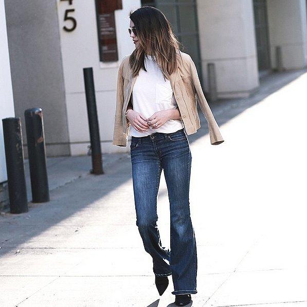 إطلالة عصرية ببنطلون جينز