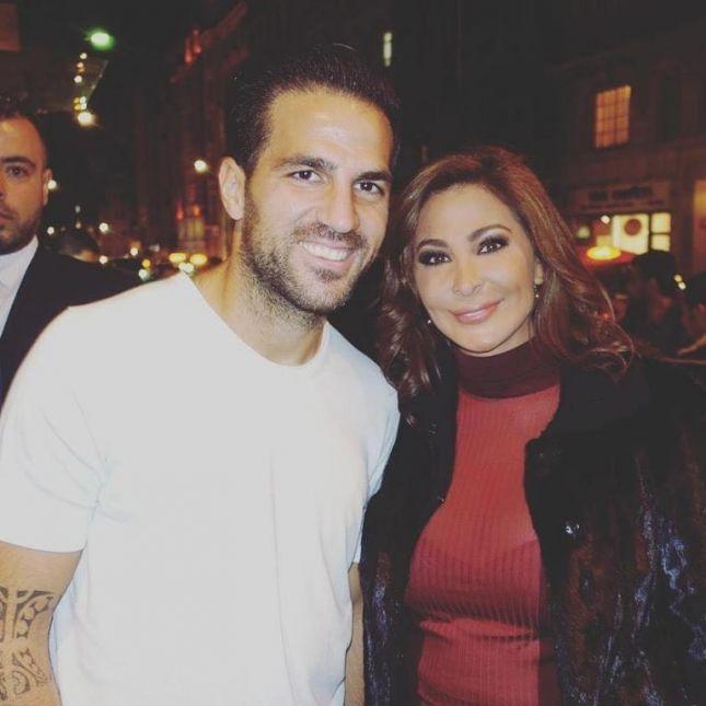 إليسا مع اللاعب الإسباني فابريغاس في لندن