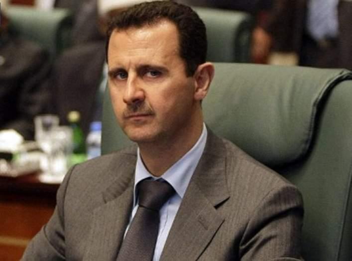 بشار الأسد بعد اختراق هاتفه المحمول الخاص، وجد العديد من ملفات الغناء والموسيقى في هاتفه، مما يوضح ولعه بهذا الأمر.