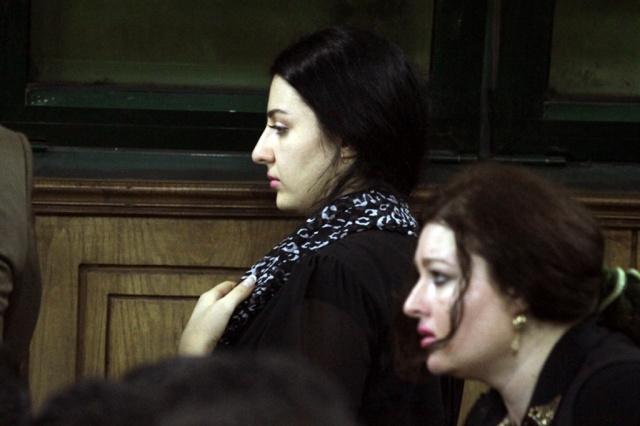 ة صافيناز داخل قاعة المحكمة (1)
