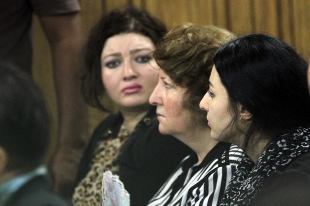 ة صافيناز داخل قاعة المحكمة (3)