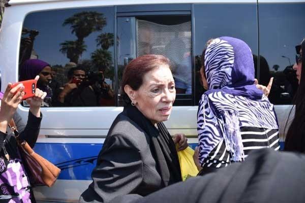 تشييع جثمان زوجة محمد الحلو (7)