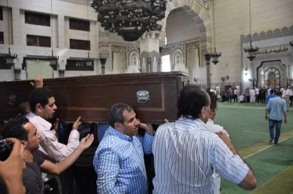 تشييع جثمان زوجة محمد الحلو (9)