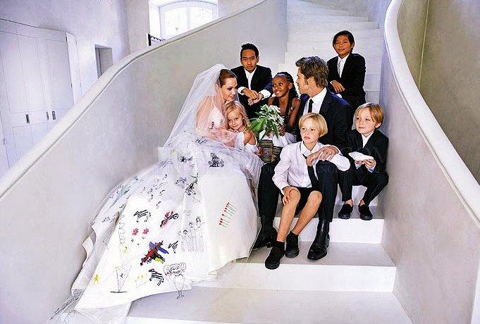 زفاف أنجلينا وبراد بيت