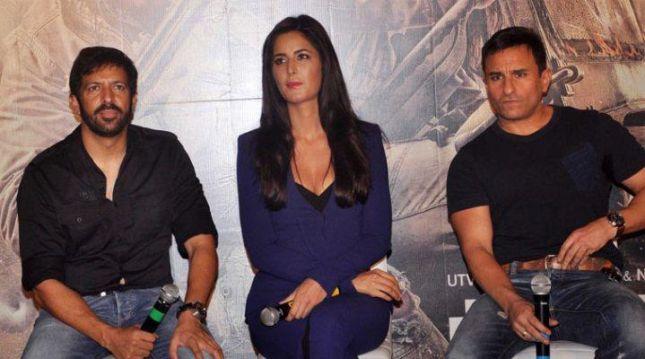 كاترينا كيف وسيف علي خان مع المخرج كبير خان