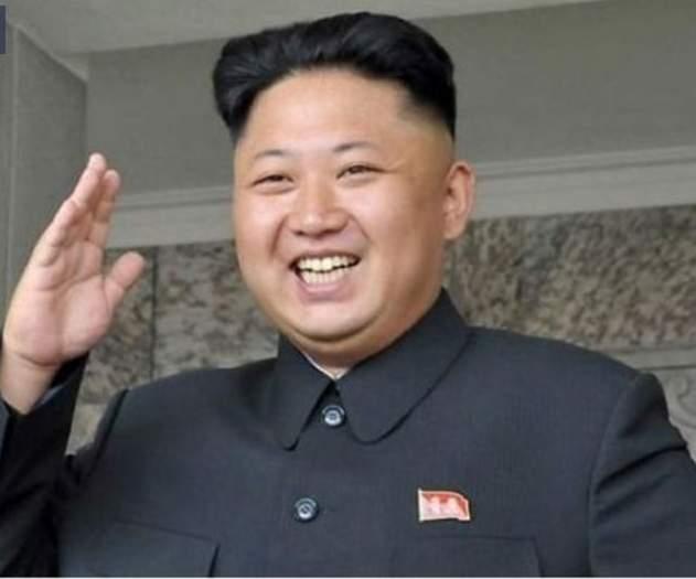 كيم جونج لي رئيس كوريا يتناول الثعابين والعناكب، كما أنه يمنع دخول العطور من الدخول إلى قصره الرئاسي.