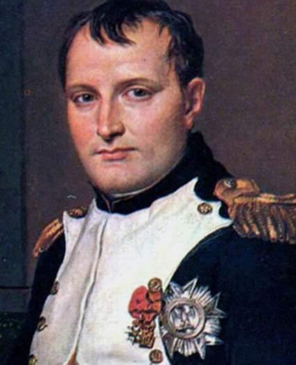 نابليون بونابرت كان يمص مصاصة أطفال عندما يخطط لإحدى معاركه.