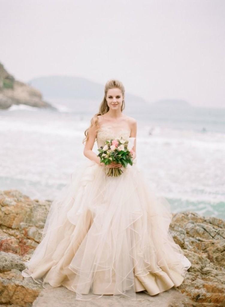 Best-Wedding-Dress-Designers