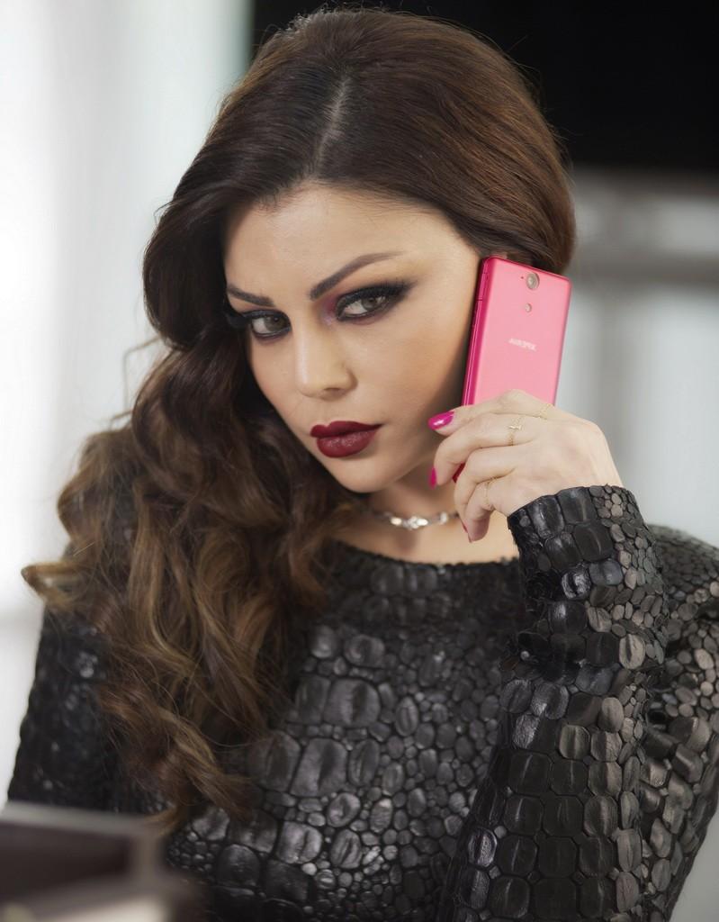 Haifa-Wehbe-Sony-Mobile