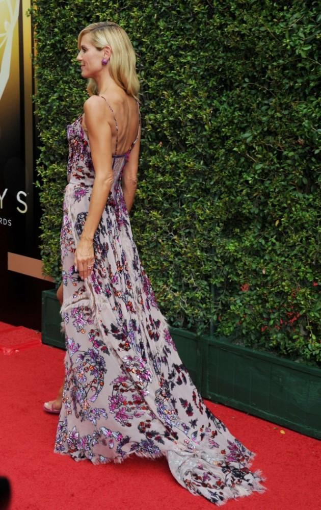 Heidi-Klum-2015-Creative-Arts-Emmy-Awards-atelier-versace-2-630x1000