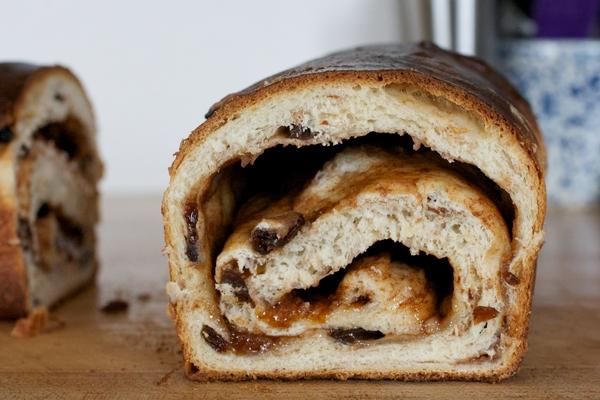 Layers of cinnamon, sugar and raisin bread
